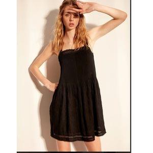 Aritzia Wilfred Leone Dress